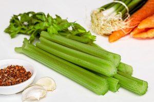 Während der HCG Diät muss man sich nicht nur von Gemüse ernähren