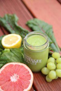 Grüner Smoothie mit Gersten Gras Pulver