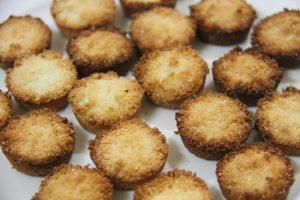 Kokosblütenzucker schmeckt süß und leicht nach Karamell