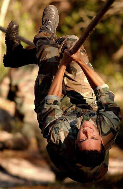 Die US Army trainiert mit dem Schlingentrainer