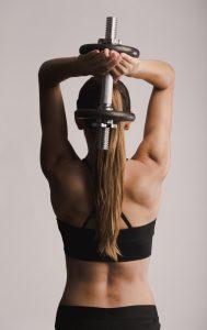 Muskelaufbau Frau Trainingsplan - hartes Training ist wichtig