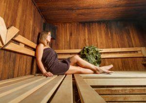 Der Kalorienverbrauch in der Sauna ist gering