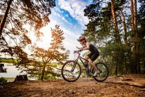 Kalorienverbrauch beim Radfahren - auf unebenem Untergrund ist er höher