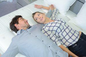 Die perfekte Matratze finden und den Partner einbeziehen