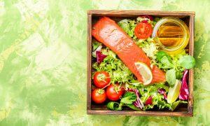 Leptin kaufen Apotheke - lieber ein Stück leckeren Lachs genießen