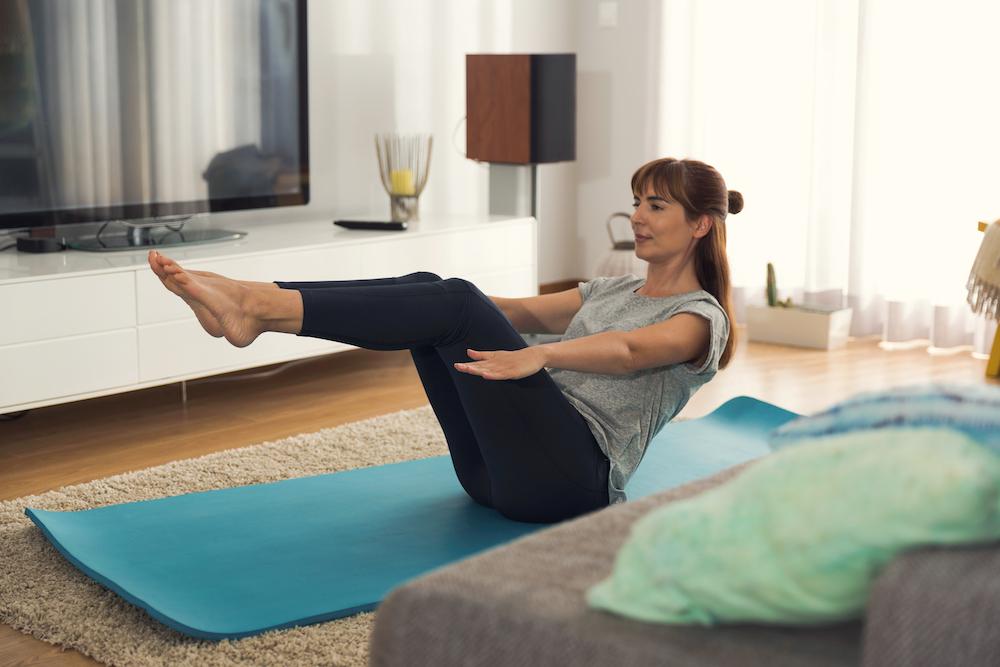 Home Workout mit Gymondo für einen flachen Bauch