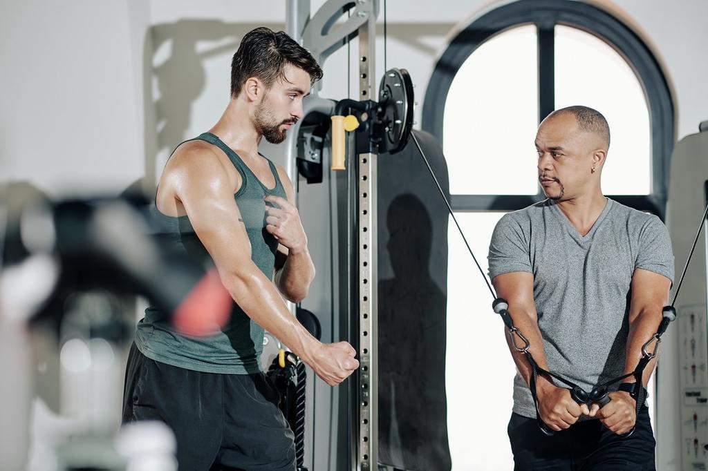 Fitness Trainer Lizenz C und B sind der Einstieg als Personal Trainer-min